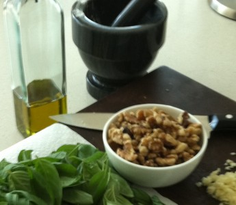 homemade walnut pesto ingredients
